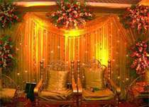 Gold Up Lighting for wedding